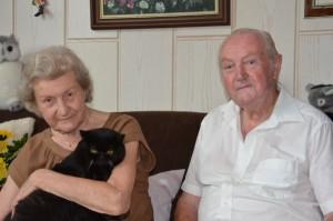 Jubelpaar sammelt für den Katzenschutz