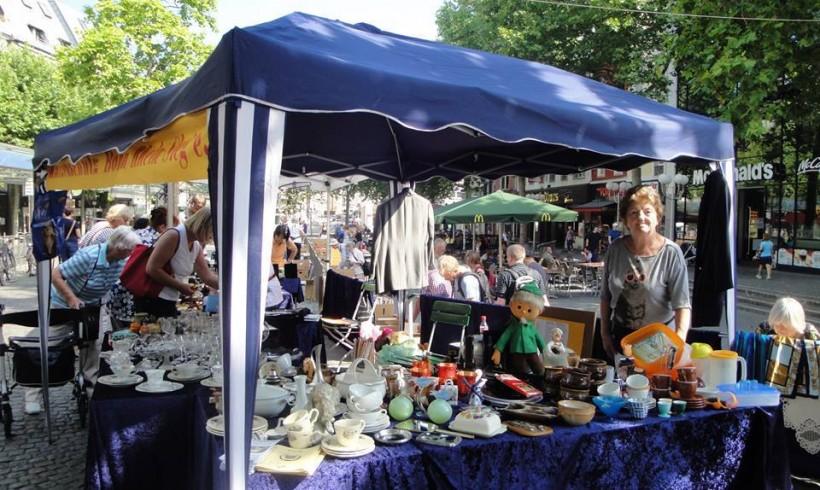 Flohmarkt in der Bonner Innenstadt